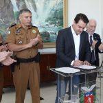 Governador Ratinho Junior autoriza pagamento das promoções de 1.063 policiais militares