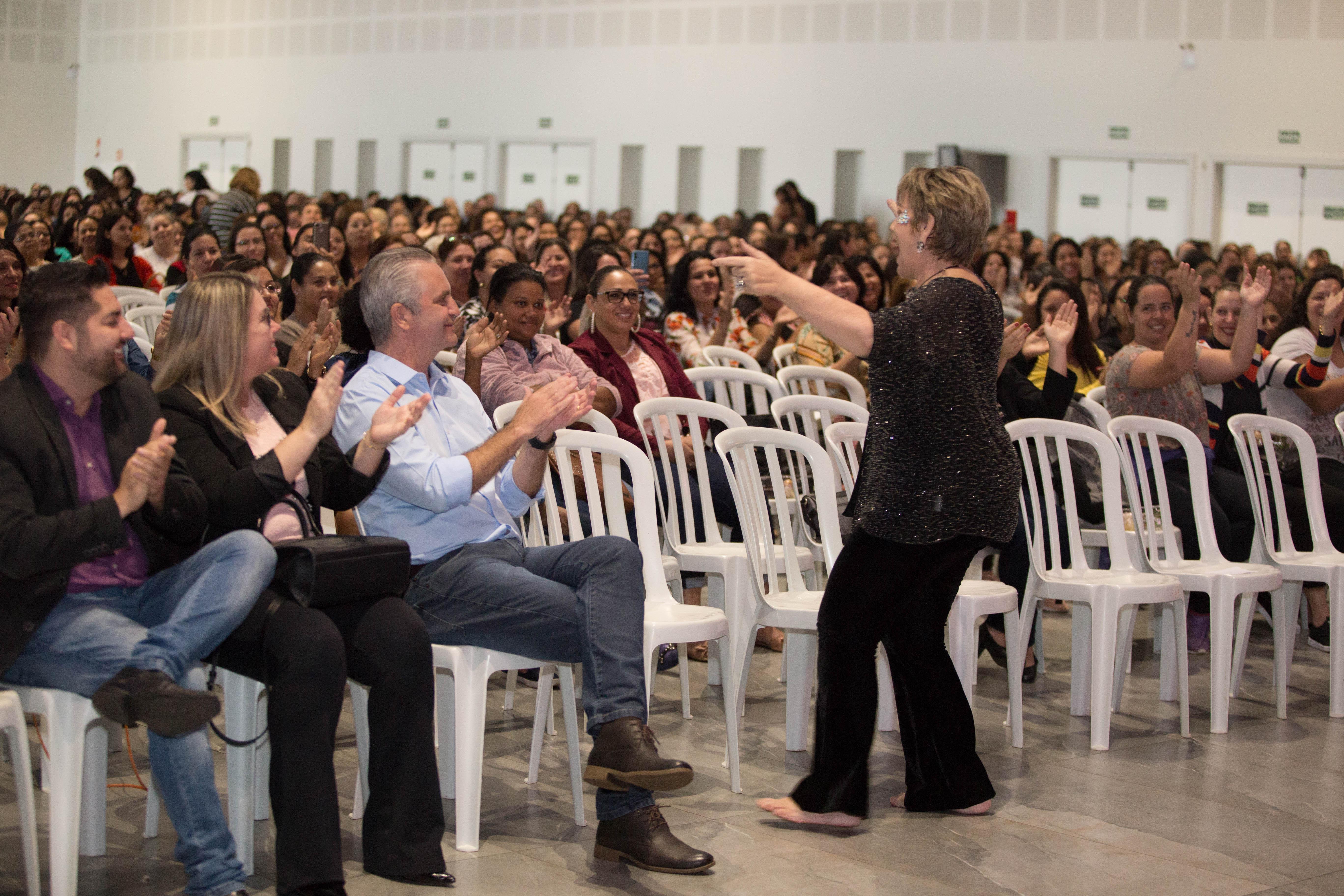 A jornada abrange palestras com temas que priorizam a criatividade, inovação, bem como a importância do saber e o afeto no processo escolar. Foto: Vivian Silva/PMM