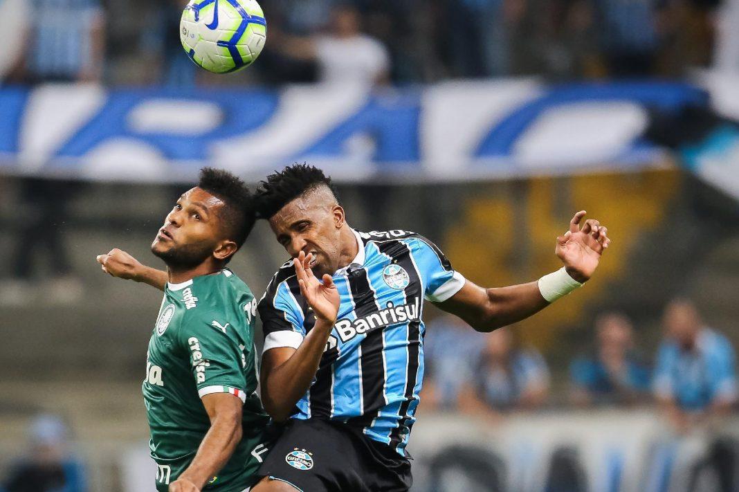 Palmeiras e Grêmio decidem vaga na Libertadores nesta terça