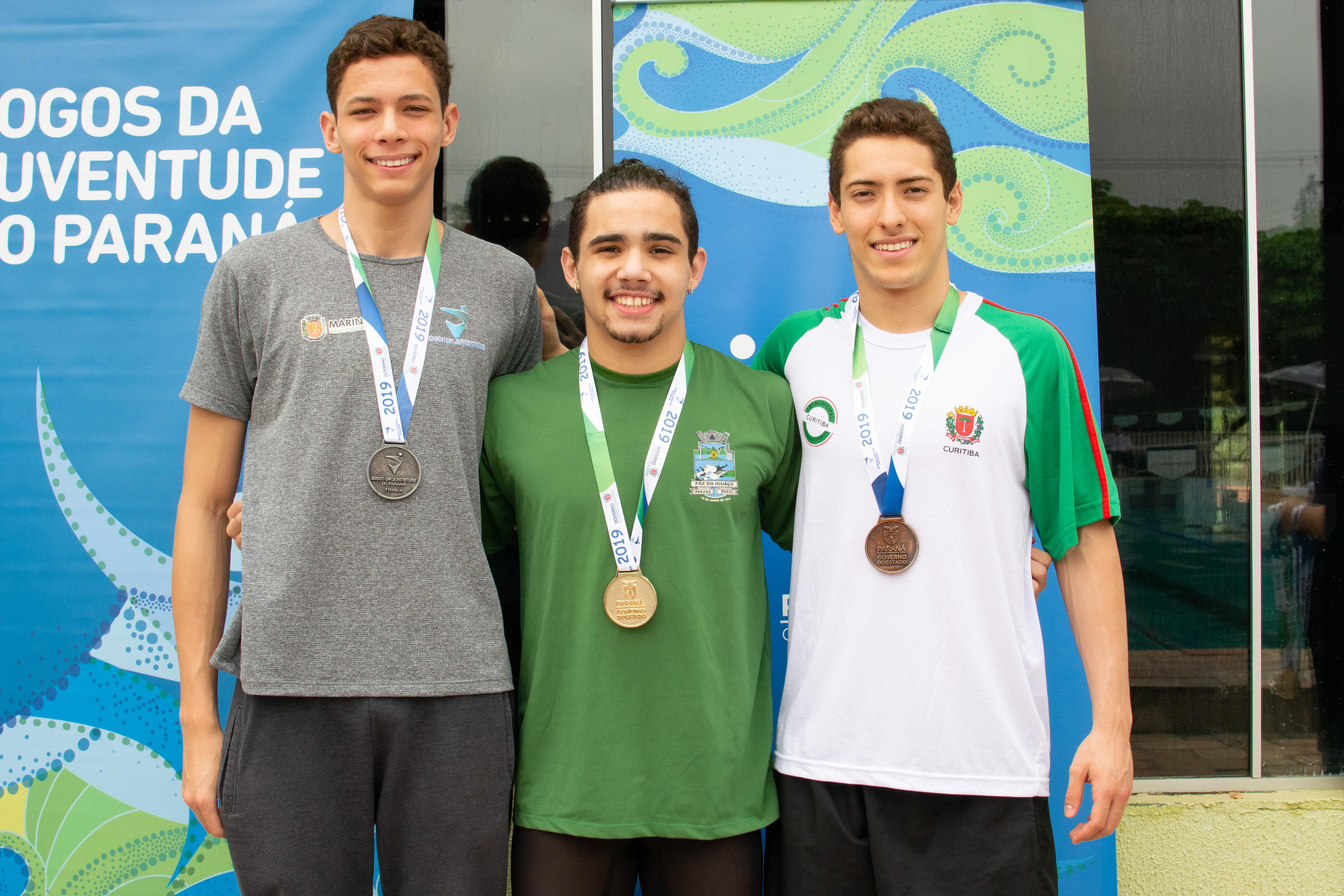 O atleta da natação de Maringá, Pedro Boeing conquistou a segunda colocação nas provas de 50 e 100 metros costas. Foto: Amanda Largas/SEET
