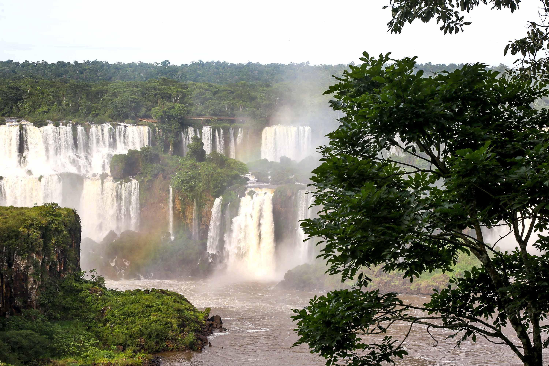 Lazer foi o principal motivo das viagens de visitantes internacionais aos três estados da região Sul segundo Ministério do Turismo.