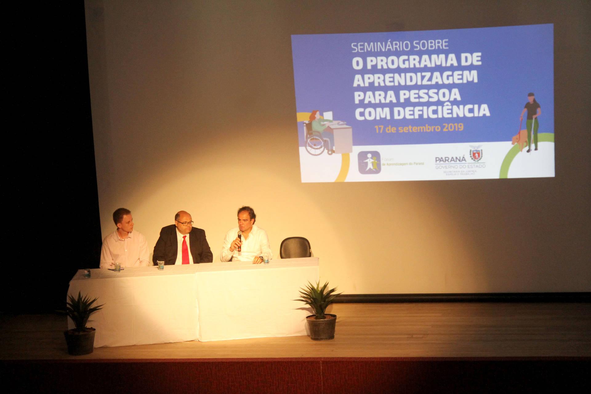 Evento capacita pessoas que atuam nesta área foi o objetivo do evento, realizado em Curitiba