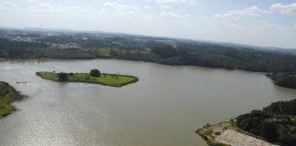 Por ser industrializada e comportar 9 milhões de pessoas, a região apresenta grande demanda hídrica. O período mais crítico no uso da água ocorre entre junho e novembro