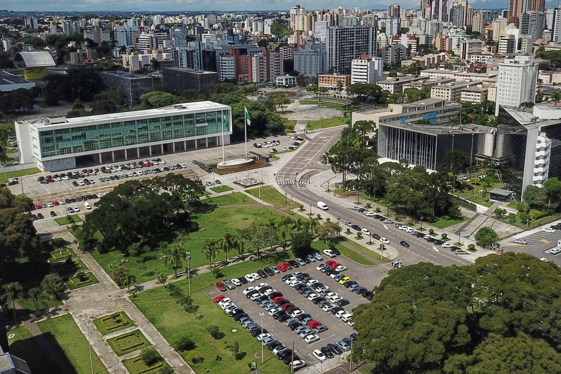 Sem a reestruturação mais de R$ 385 milhões entram no passivo do Estado.