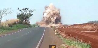 Duplicação de rodovia na região Noroeste será interditada durante uma hora, das 14h às 15h, para nova detonação de rocha