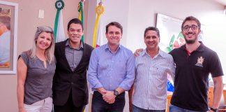 O anúncio foi feito ao prefeito Junior da Femac nesta terça-feira (01) por Iuki Tamura, assessor do grande mestre da Ordem DeMolay no Estado do Paraná, e por Guilherme Henrique Domingues Arrais, presidente da comissão organizadora da olimpíada