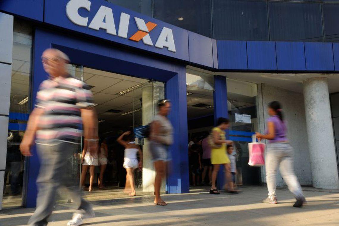 Cerca de 120 mil clientes podem renegociar dívidas. Foto: Tania Rego/EBC