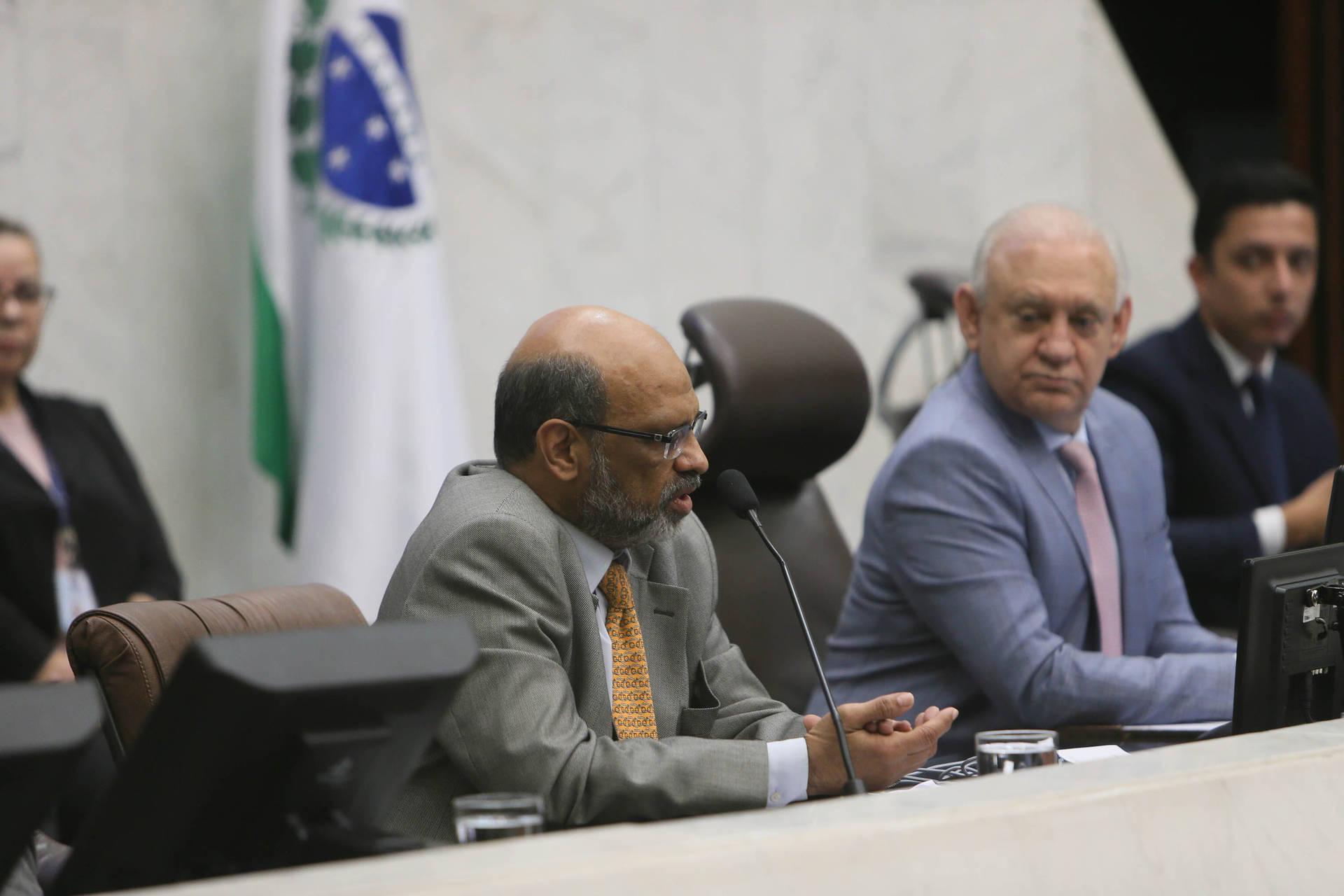 As despesas correntes chegaram a R$ 30,4 bilhões e os gastos com a folha somaram R$ 16,9 bilhões