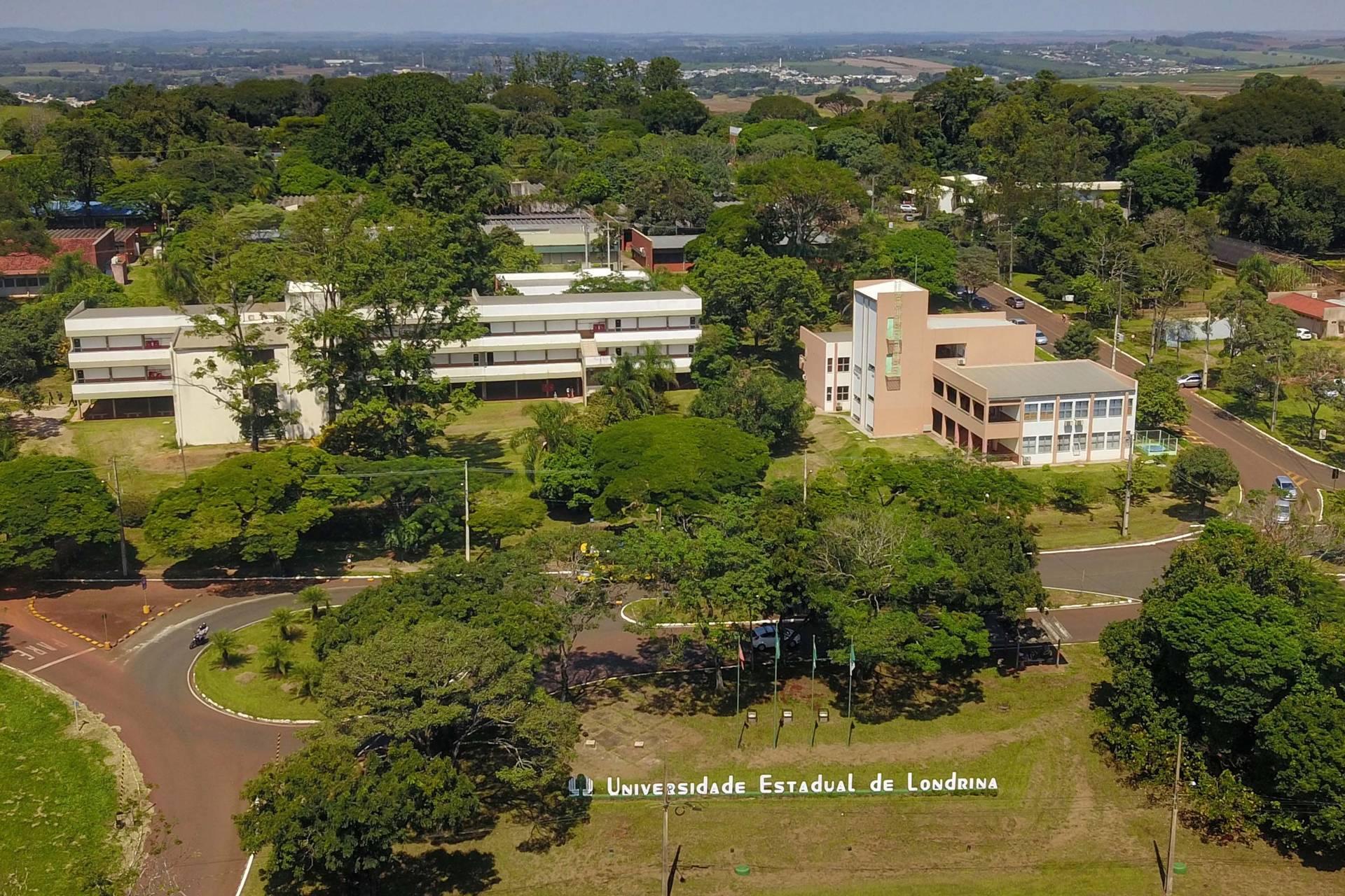 A UEL, UEM, UEPG, Unioeste e Unicentro estão entre as melhores universidades da América Latina e do Brasil, segundo ranking da consultoria britânica QS World Universitty Rankings.