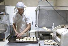 A história do pão é antiga. Ele teria surgido há mais de 6 mil anos, quando os egípcios descobriram a fermentação do trigo