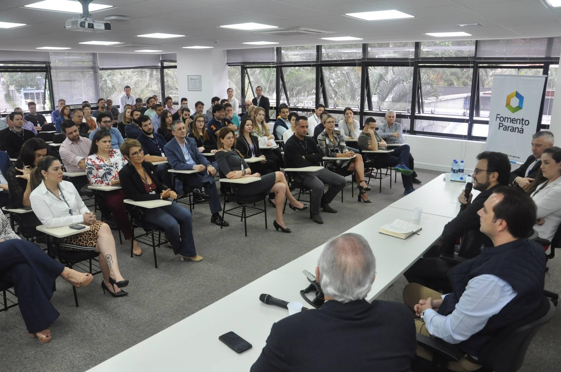 A data foi comemorada nesta sexta-feira (08) em uma reunião da diretoria com os colaboradores em um café da manhã.