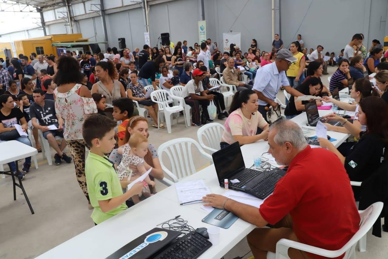 A feira ofereceu mais de mais de 30 opções de serviços disponíveis, como a confecção de carteira de identidade; carteira de trabalho, entre outros.