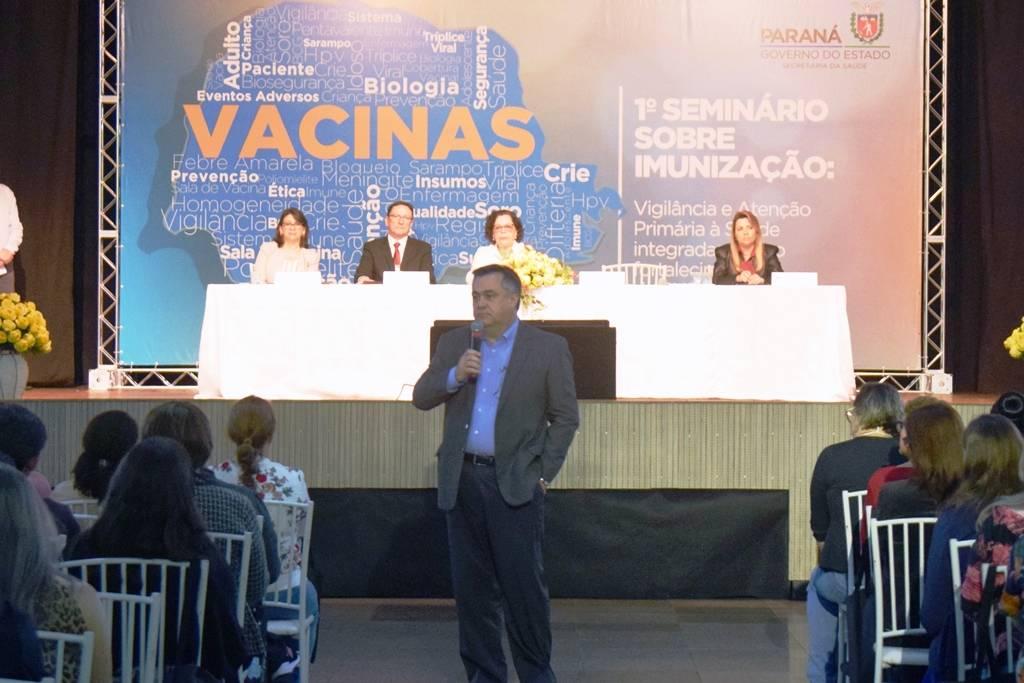 Seminário em Curitiba reúne mais de 1.200 profissionais das áreas de Vigilância e Atenção Primária e busca um alinhamento para replicar informações sobre vacinas.