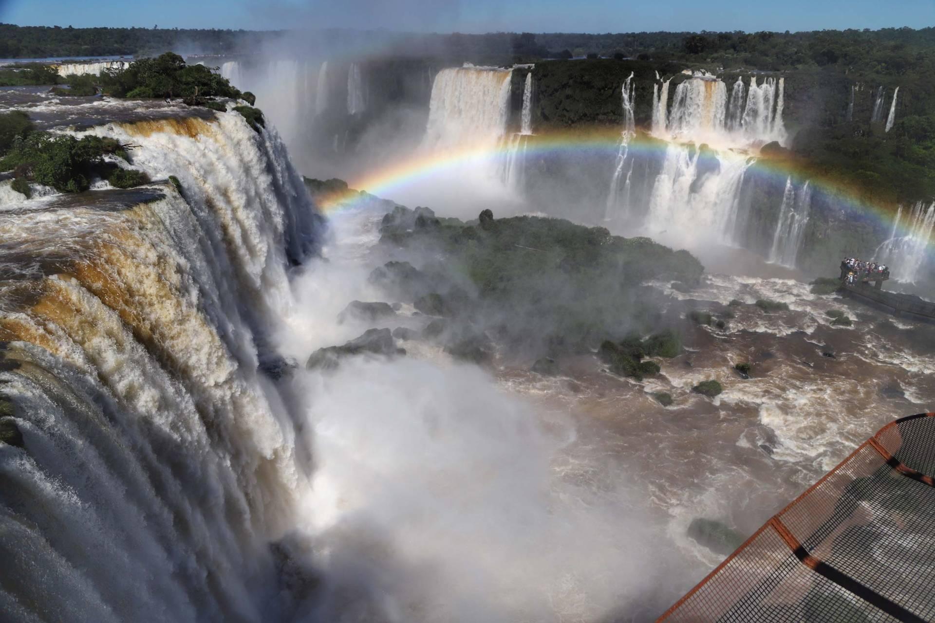 Evento neste domingo (10) em comemoração ao aniversário de oito anos da eleição das Cataratas do Iguaçu como uma das Novas 7 Maravilhas da Natureza