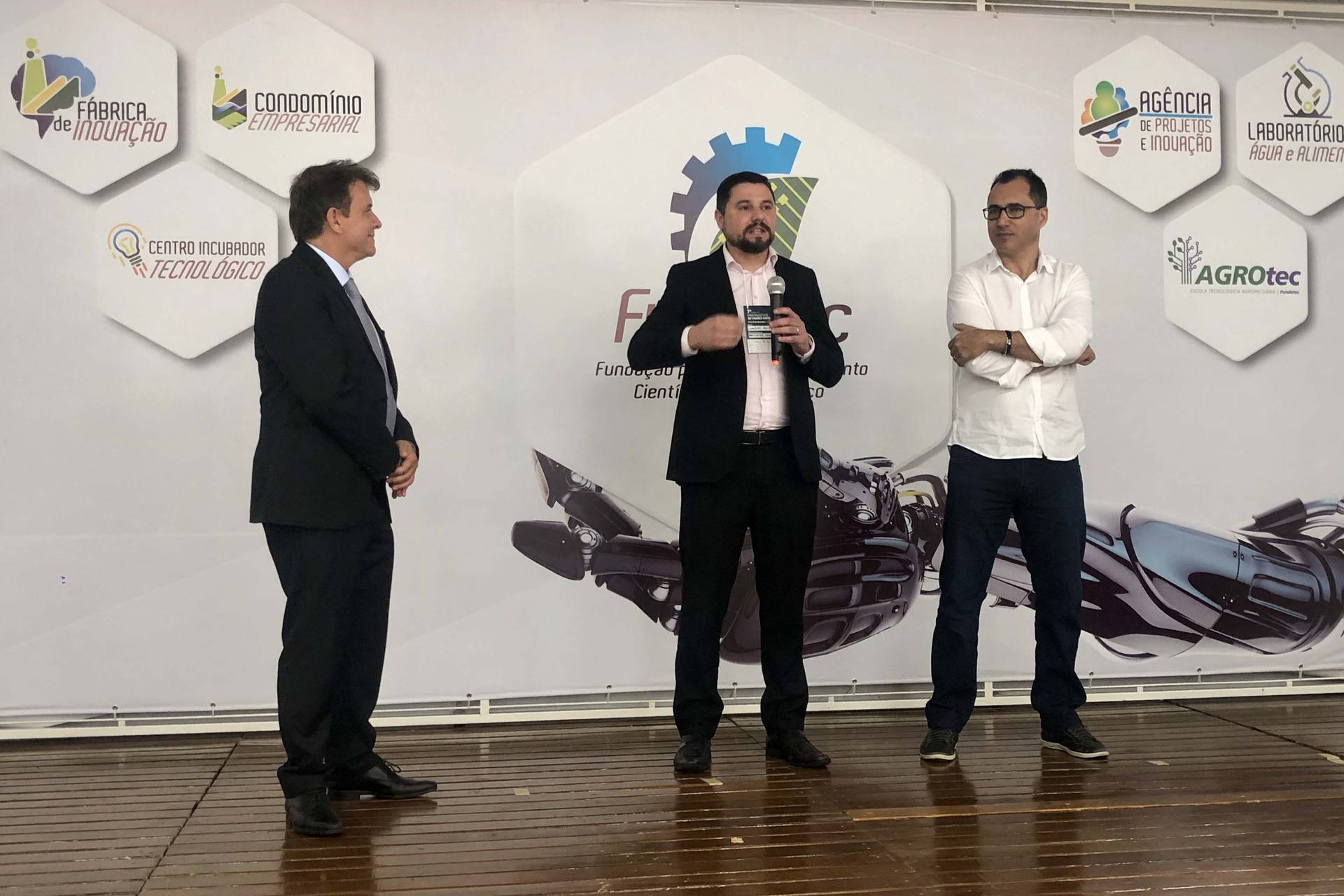 Presidente da Celepar falou na abertura do 7º Congresso Paranaense de Cidades Digitais, em Cascavel.
