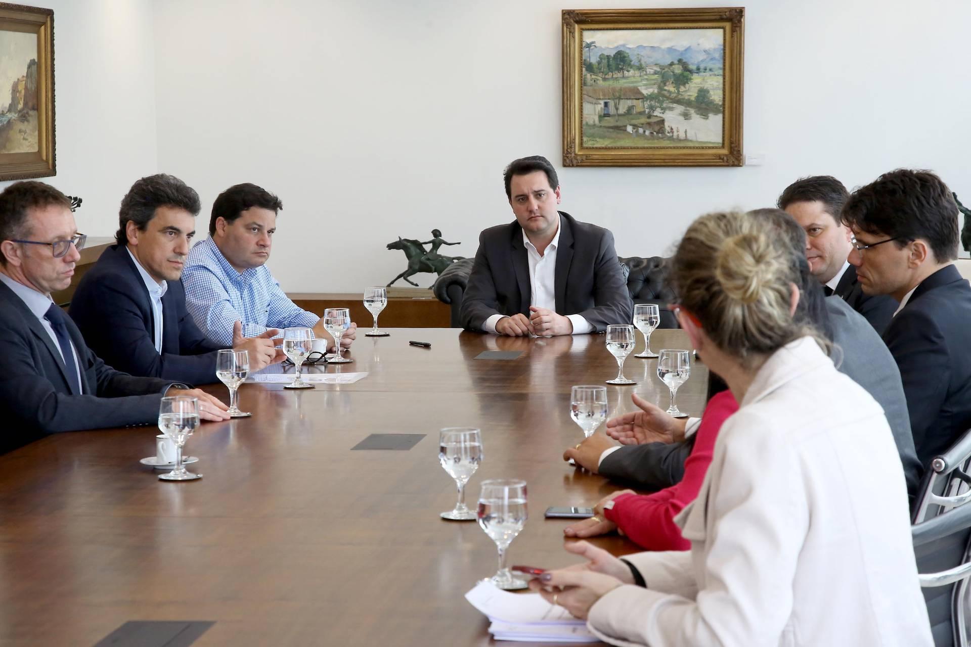 Foi criado grupo técnico do Paraná, que junto com o grupo técnico de Brasília acompanhará a estruturação da concessão.