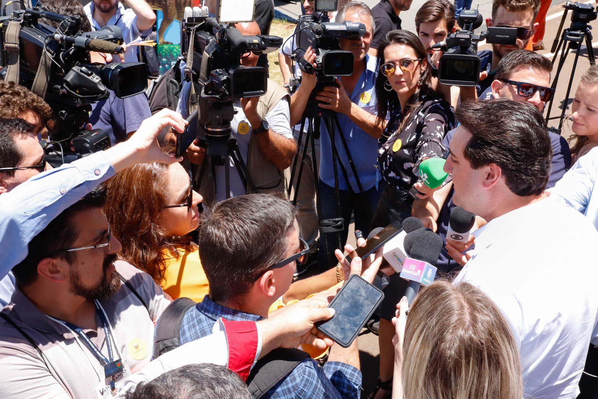 Governador Carlos Massa Ratinho Junior confirmou que o governo está finalizando os estudos para a construção de 32 pontos de terceiras faixas ao longo da rodovia.