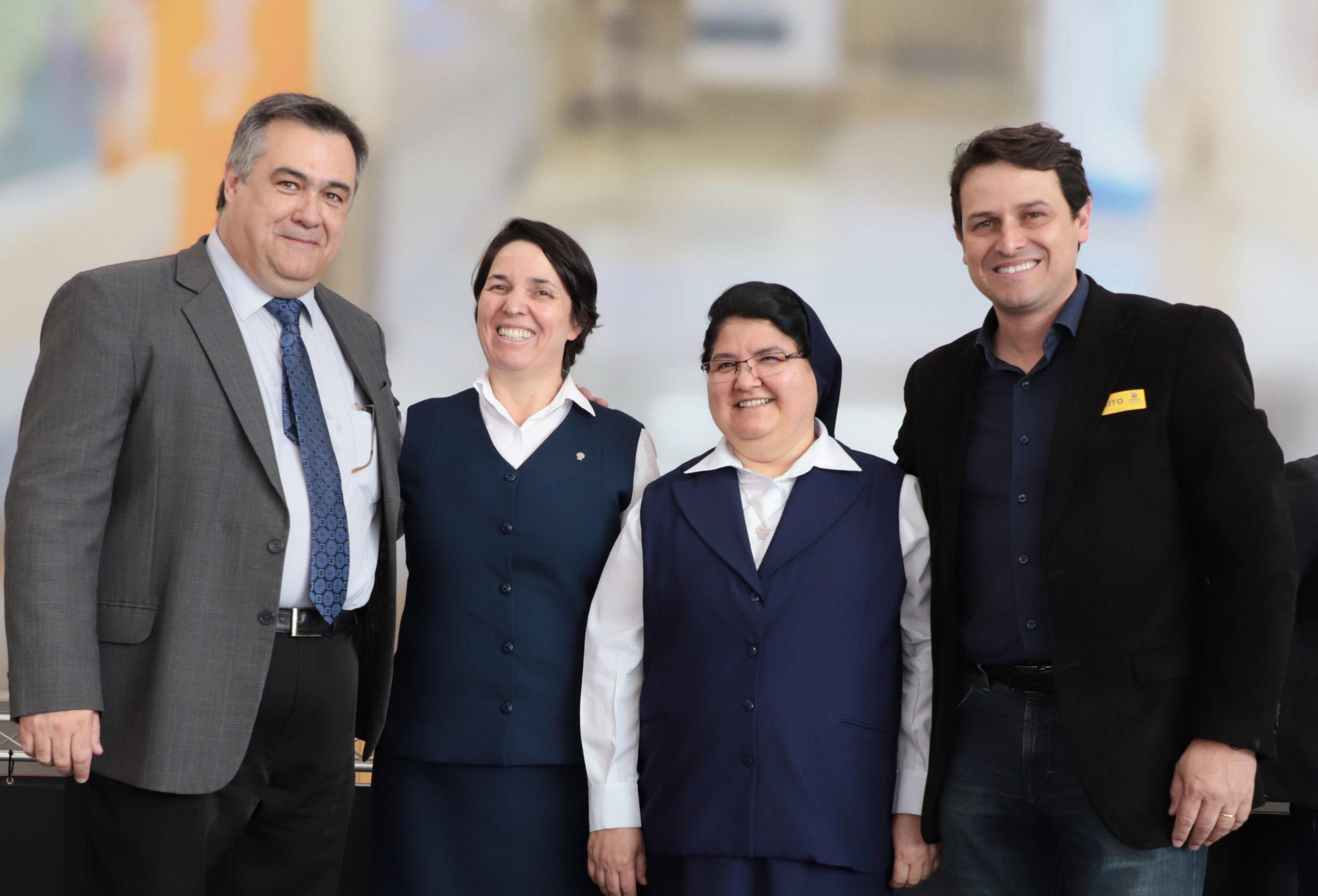 Em evento no Palácio Iguaçu, Governador Ratinho Júnior e o secretário de Estado da Saúde, Beto Preto, autorizaram os recursos. Obras do Hospital da Providência Materno Infantil começam ainda neste primeiro semestre