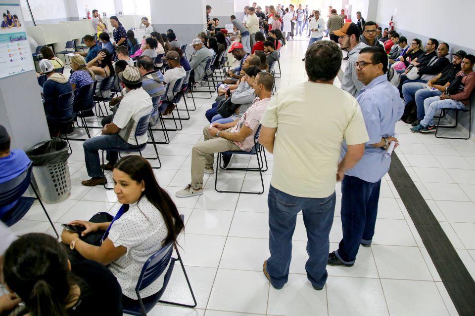 Agência tem mais de 300 vagas de trabalho disponíveis