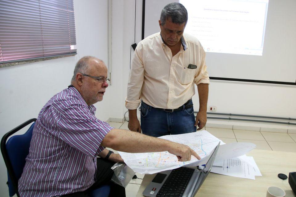 A Cidade Viva contratará pessoal para fazer a enquete com moradores, motoristas e pedestres nas residências e ruas.