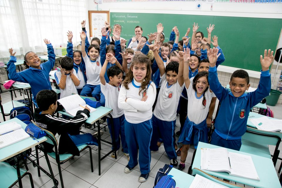 A cada dia que passa a Prefeitura de Maringá investe mais em educação. A gestão não mede esforços para que o cidadão tenha ciência de que as crianças estão inseridas em um ambiente educacional saudável e de qualidade