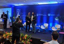 Gustavo Vieira recebe prêmio e acrescenta mais um reconhecimento nacional pelos investimentos do aeroporto em inovação e tecnologia a serviço da segurança