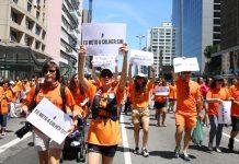"""""""Não podemos ficar quietas. Temos que nos manifestar"""", diz ativista"""