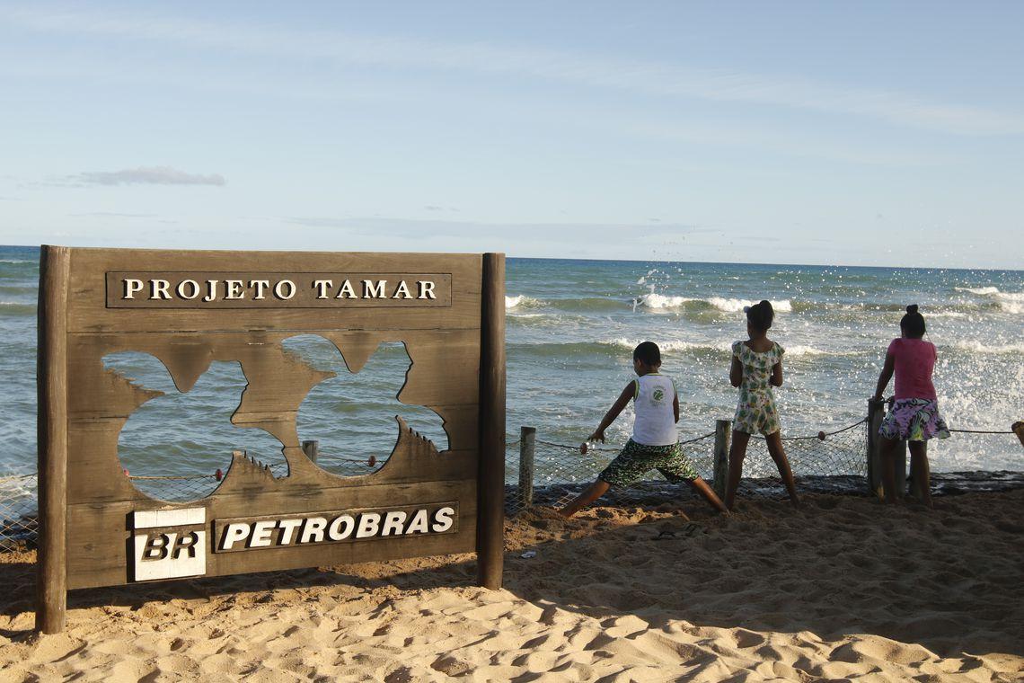 Atividades acontecem na Praia do Forte a 80 km de Salvador