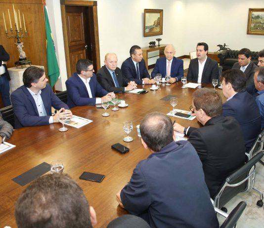 Associação dos Municípios do Sudoeste do Paraná diz que o complexo aéreo teria capacidade para incrementar o desenvolvimento de uma área que abrange 102 municípios do Paraná e Santa Catarina.