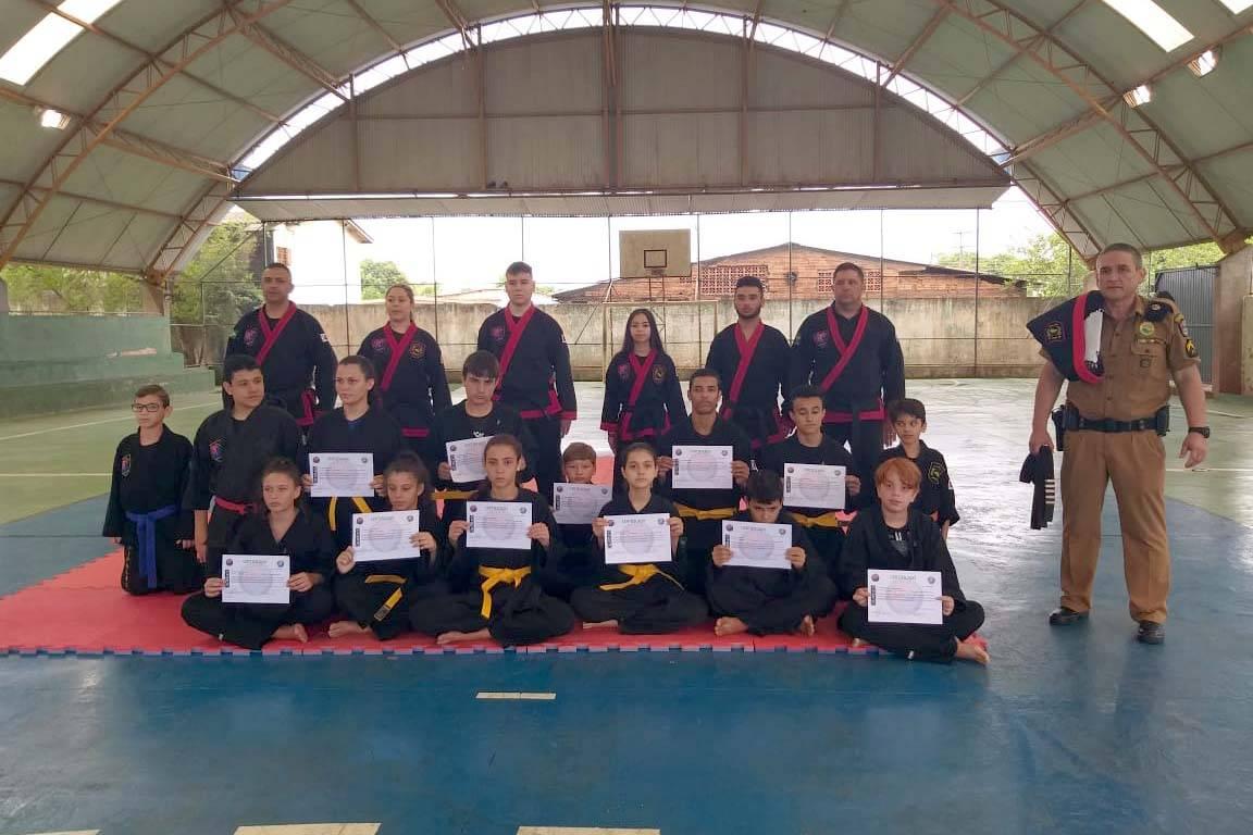As aulas de Sipalki-Do foram muito bem recebidas pela comunidade escolar do Colégio Estadual Paulo Freire, em Foz do Iguaçu. De acordo com a diretora, a adesão dos alunos foi imediata.
