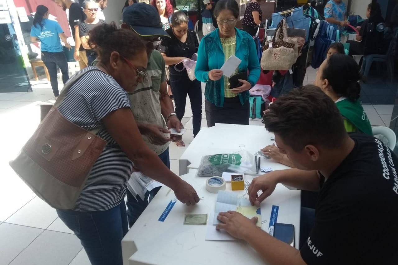 A ação ofereceu mais de 30 serviços gratuitos, entre eles a emissão da carteira de identidade, carteira de trabalho e CPF.