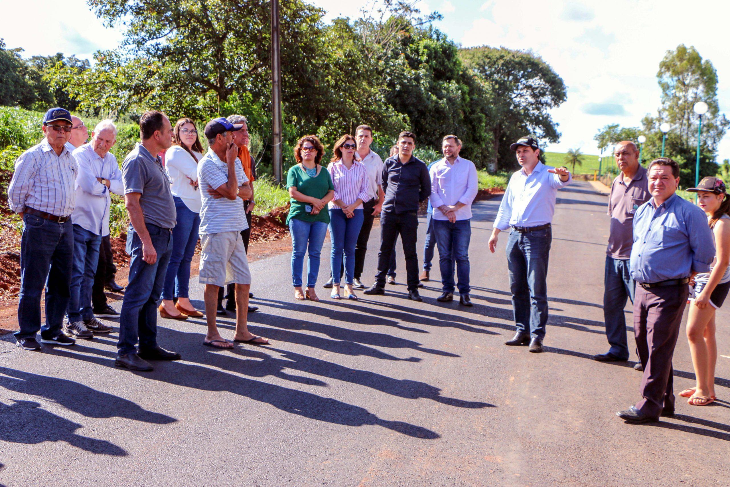 Parte da grade comemorativa aos 76 anos de Apucarana, a benfeitoria foi entregue oficialmente à comunidade pelo prefeito Júnior da Femac nesta sexta-feira