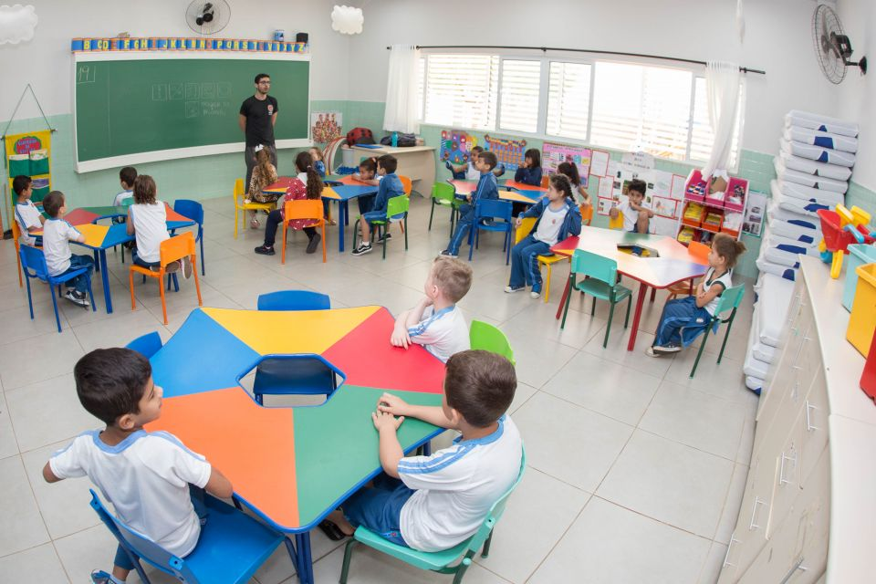 Os educares trabalharão com atividades lúdicas nos plantões