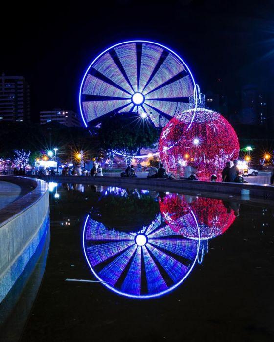 Maringá Encantada segue com atrativos natalinos. Roda gigante funcionará até dia 26 de janeiro.