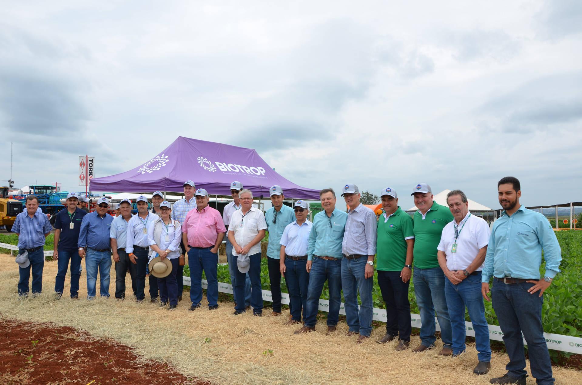 Nesta quarta-feira (22), dois eventos, a Safratec, em Floresta, e o Superagro, em Londrina, foram acompanhados por integrantes do Governo do Estado.