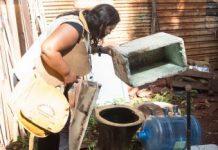 É preciso limpar os quintais todas as semanas, para evitar acúmulo de lixo que possa juntar água.