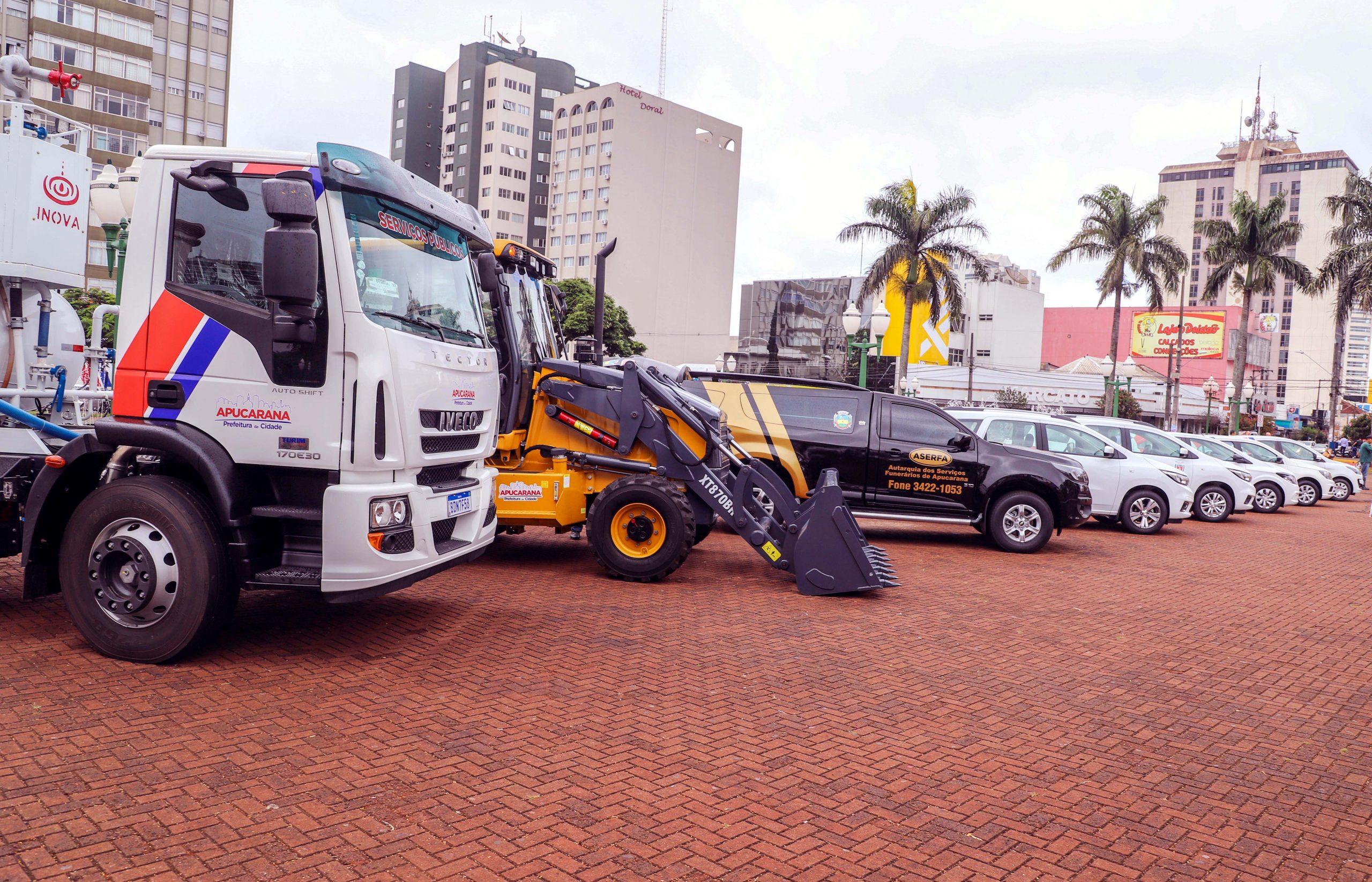 A renovação da frota, com investimento de R$ 952 mil, foi feito com recursos do próprio Município, do governo do Estado e do Governo Federal