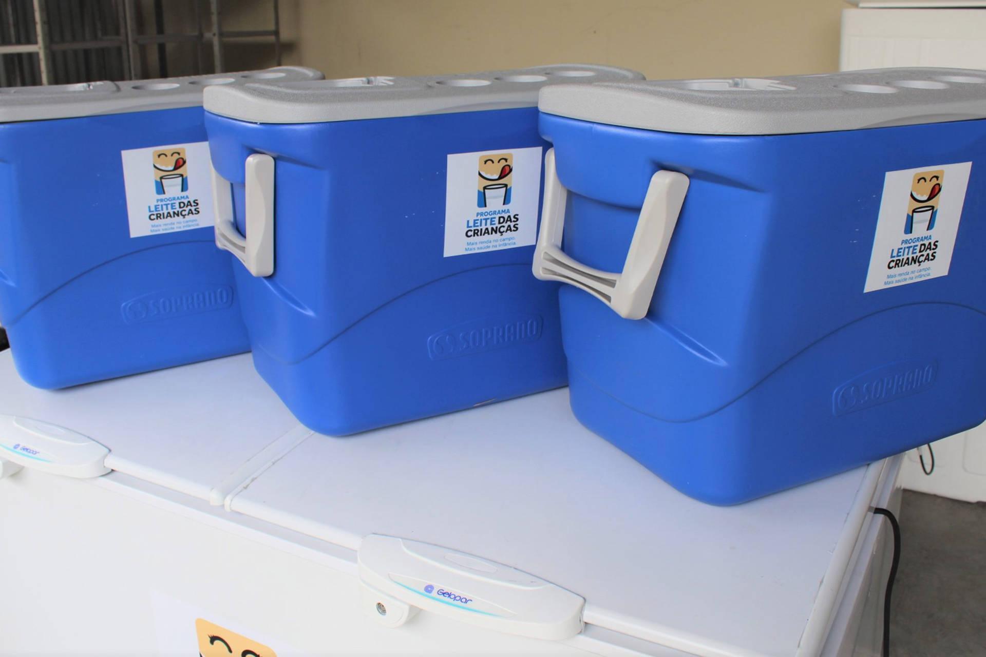 A Secretaria adquiriu os utensílios por meio de pregão eletrônico. Até esta segunda-feira (17) está aberto o edital de cadastramento no Programa para usinas de leite